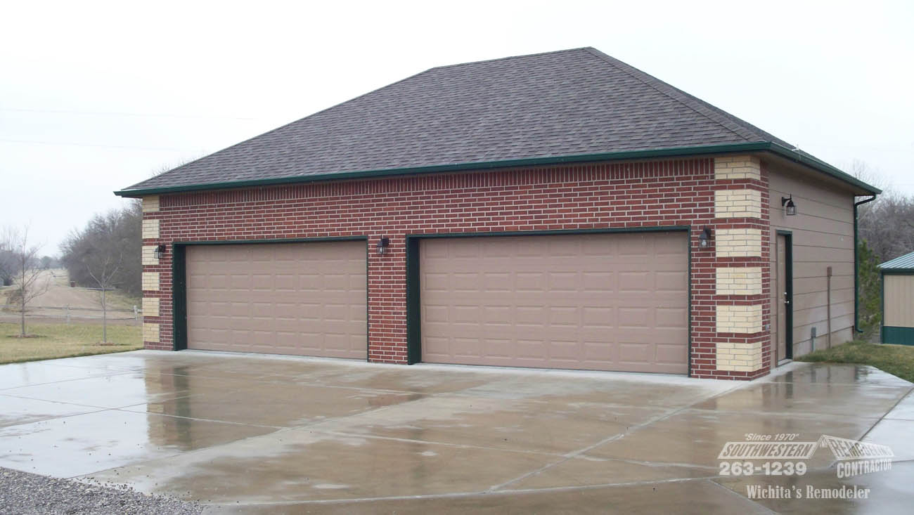 Custom garage remodeling by southwestern remodeling wichita for Garage remodel