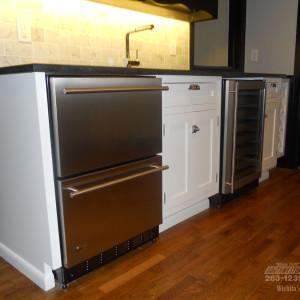 Southwestern-Remodeling-Kitchens-Glass-Chandelier-3