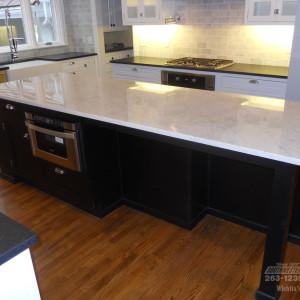 Southwestern-Remodeling-Kitchens-Glass-Chandelier-4