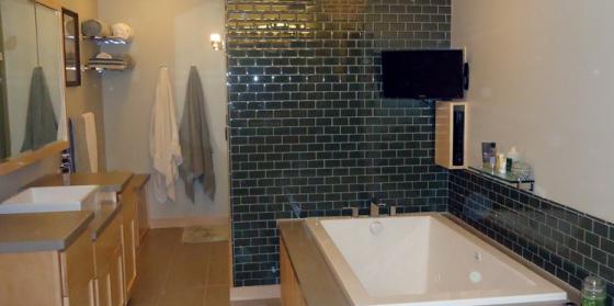 Spa-Like Master Bathroom Remodeling by Southwestern Remodeling
